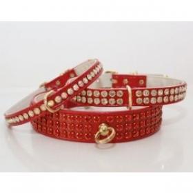 Red diamante colllar